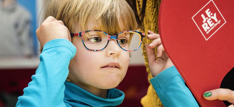 La santé des yeux de votre enfant, voyez-y!